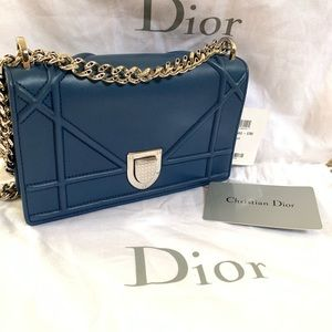 DIOR 💙 Diorama Mini Bag Wallet Navy Silver Chain